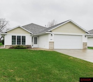 2207 Simon North Mankato, Mn 56003