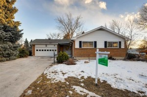 910 East Briarwood Circle Centennial, Co 80122