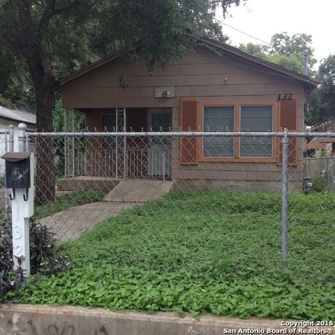 132 Arizona San Antonio, Tx 78207