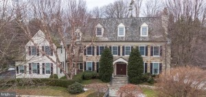 31 Harrison Dr Newtown Square, Pa 19073