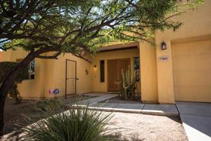 10644 E Ralph Alvarez Place Tucson, Az 85747
