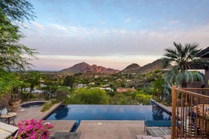 7516 N Clearwater Parkway Paradise Valley, Az 85253