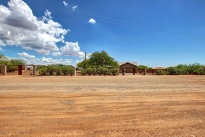 38253 N 10th Street Desert Hills, Az 85086