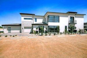5673 E Village Drive Paradise Valley, Az 85253