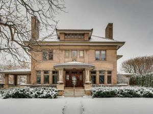 1712 Mount Curve Avenue Minneapolis, Mn 55403
