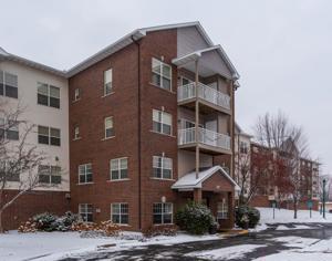 2231 Penn Place Unit 319 North Saint Paul, Mn 55109