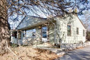 3021 Silver Lake Road Ne Saint Anthony, Mn 55418