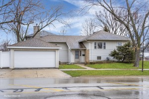 4750 Pershing Avenue Downers Grove, Il 60515