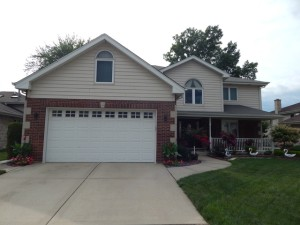 9006 Milford Court Hickory Hills, Il 60457