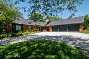 27w636 Swan Lake Drive Wheaton, Il 60189