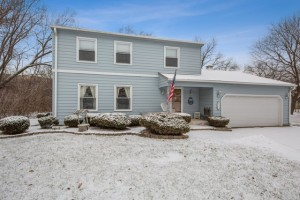 1608 Plum Court Downers Grove, Il 60515