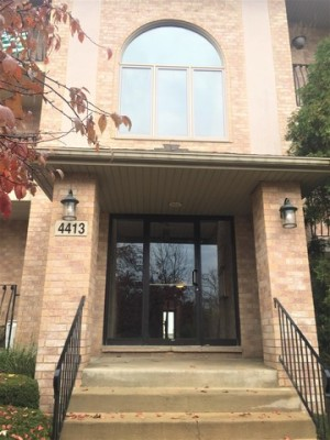4413 Pershing Avenue Unit 203 Downers Grove, Il 60515