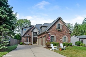 4504 Woodward Avenue Downers Grove, Il 60515