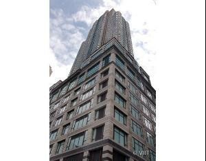 100 East Huron Street Unit 4201 Chicago, Il 60611