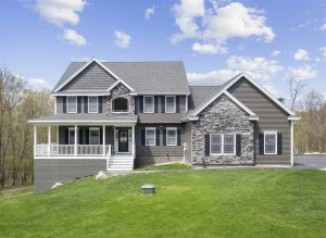 3 Crescent Drive Bow, Nh 03304