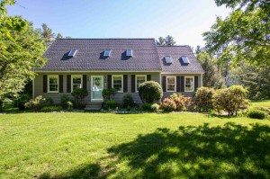 39 N Curtisville Road Concord, Nh 03301