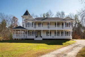 38 Rowell E Road Brentwood, Nh 03833