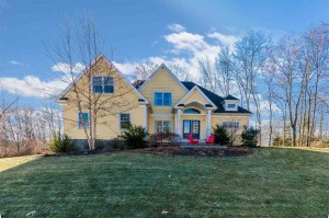 9 Heron Way Stratham, Nh 03885