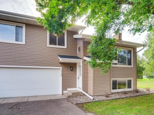 16159 Flagstaff Court S Lakeville, Mn 55068