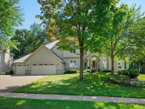 9432 Olympia Drive Eden Prairie, Mn 55347