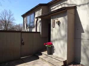 6338 Saint Johns Drive Eden Prairie, Mn 55346