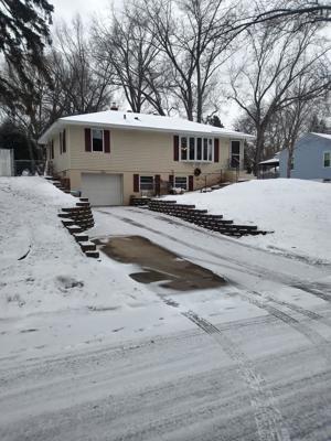 644 Belmont Lane W Roseville, Mn 55113
