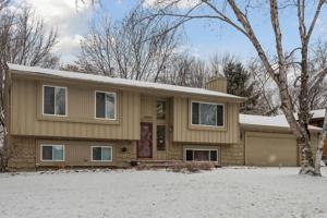 10745 Fieldcrest Road Eden Prairie, Mn 55344