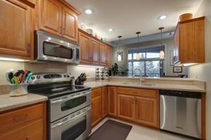5901 Laurel Avenue Unit 332 Golden Valley, Mn 55416