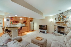 16949 Hopewell Court Lakeville, Mn 55044