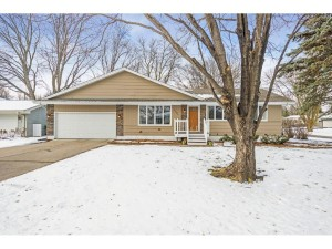 4095 Cavell Avenue N New Hope, Mn 55427