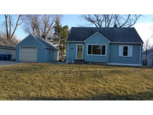 2432 Clearview Avenue Mounds View, Mn 55112