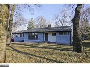 1877 County Road B E Maplewood, Mn 55109