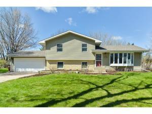 4003 Crestwood Place White Bear Lake, Mn 55110