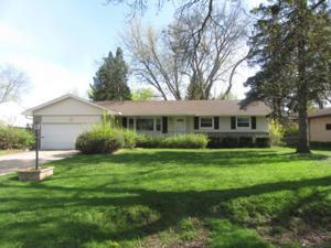 422 Eldridge Avenue E Maplewood, Mn 55117