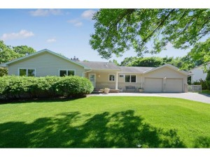 660 Windemere Curve N Plymouth, Mn 55441