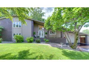104 Hidden Meadow Road Apple Valley, Mn 55124