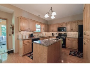 20762 Junco Court Lakeville, Mn 55044