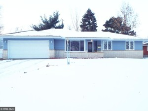 5701 Twin Lake Terrace N Crystal, Mn 55429