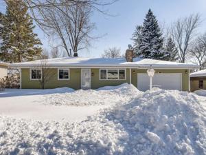 2352 Jansen Avenue White Bear Lake, Mn 55110