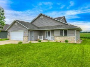 809 Prairie Oak Drive Belle Plaine, Mn 56011