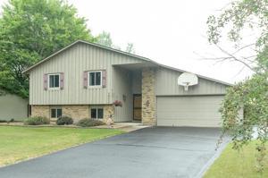 10228 Yorktown Lane N Maple Grove, Mn 55369