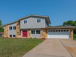 9024 44th Circle N New Hope, Mn 55428