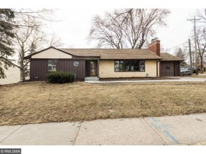 704 Cottage Avenue E Saint Paul, Mn 55106