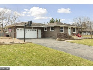 9731 99th Place N Maple Grove, Mn 55369