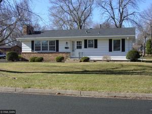 8230 Johnson Avenue S Bloomington, Mn 55437