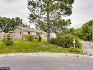 2540 22nd Terrace Nw New Brighton, Mn 55112