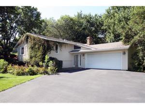 2509 Highland View Lane Burnsville, Mn 55337