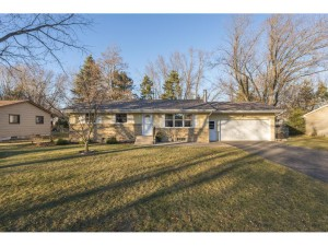 683 Tanglewood Drive Shoreview, Mn 55126