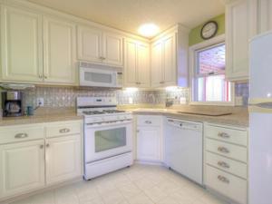 10377 Bluebird Street Nw Coon Rapids, Mn 55433