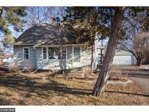 1713 Laurie Road E Maplewood, Mn 55109